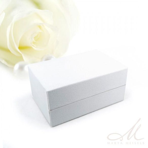 Exkluzív minőségű fehér matt műbőr karikagyűrű doboz DKG-WP-F237W
