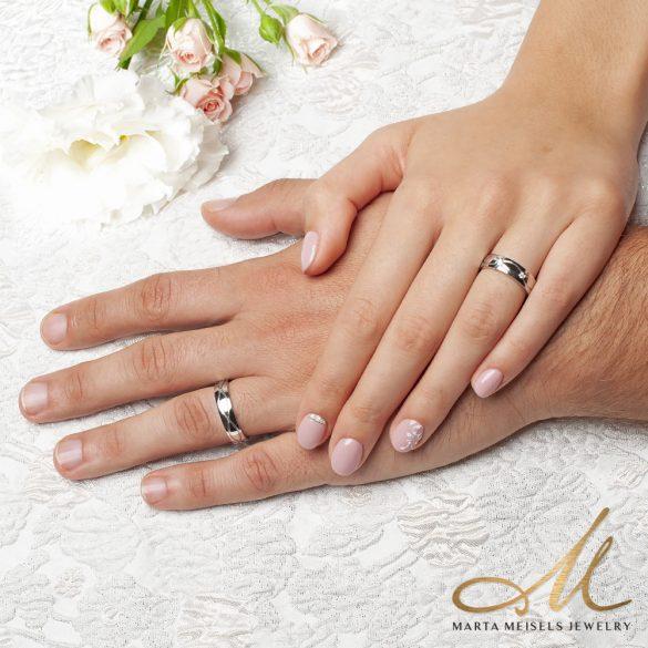Elegáns nemesacél Férfi karikagyűrű végtelen mintával díszítve KG-MX-N1504M