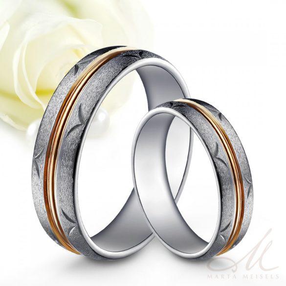 Exkluzív kézzel vésett csillámos matt tungsten karikagyűrű rozé arany csíkkal díszítve KG-WT-V206RG