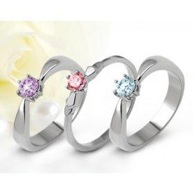 Nemesacél eljegyzési gyűrűk drágakővel